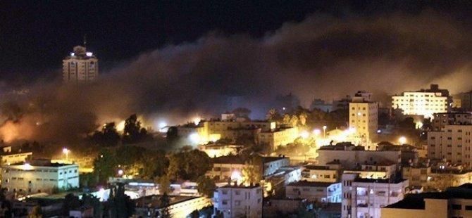 Siyonist İsrail'den Gazze'ye Sahurda Hava Saldırısı