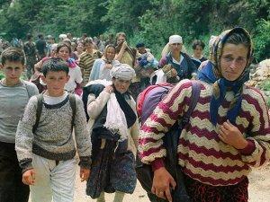 Boşnakların Ölüm Yürüyüşünün Fotoğrafları Yayınlandı
