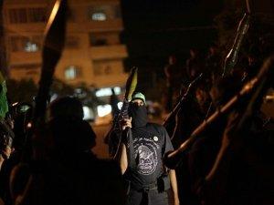 Kassam Tugayları Tel Aviv'i Füzeyle Vurdu