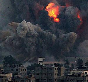 Gazze'ye Yoğun Hava Saldırısı Sürüyor