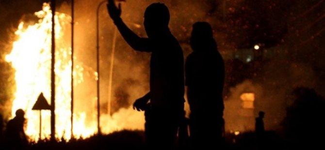 Betonu Bile Yakan Yangın Bombaları İle Öldürmüş