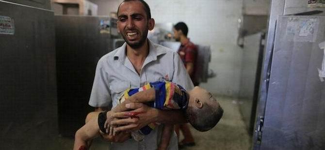 Gazze'de Çocuklar Öldürülüyor (FOTO)