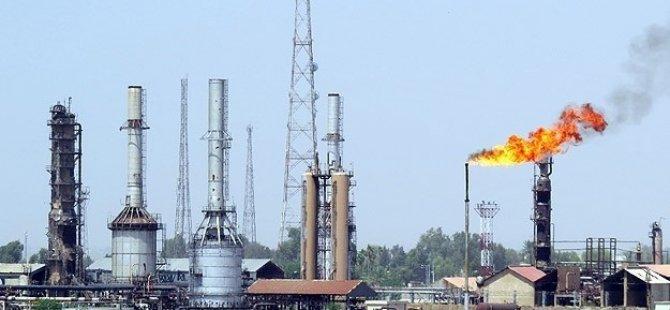 Maliki Güçleri Kayara Rafinerisini Vurdu