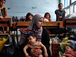 Gazze'de 33'ü Çocuk 166 Kişi Şehit Oldu