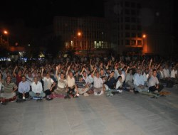 """Diyarbakırlılar """"Filistin İçin Dua Nöbeti""""nde"""