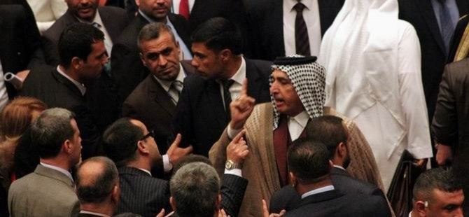 Irak'ta Meclis Oturumu 30 Dakika Sürdü