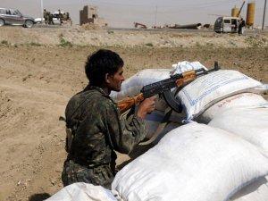 Yemen'deki Silahlı Çatışmada 34 Kişi Öldü