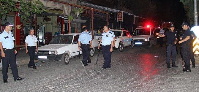 Suriye Plakalı Araç Kaza Yaptı, Faşistler Meydana Çıktı!