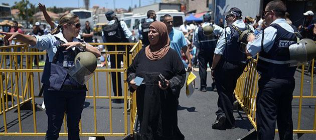 Filistinlilere ''Demir Bariyerli'' Kudüs Yasağı