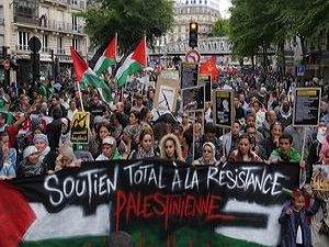 Paris'te İsrail'i Protesto Yasağı Tepki Çekiyor