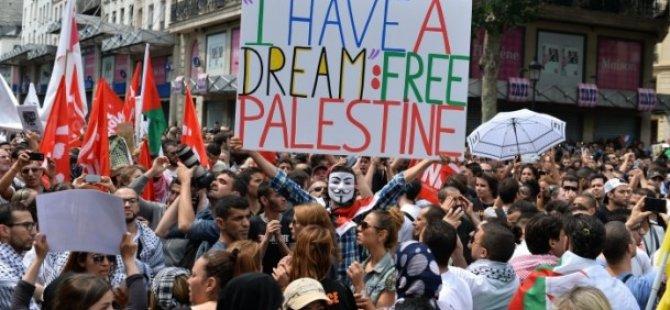 """Fransa'daki """"İsrail'e Protesto Yasağı"""" İşe Yaramadı"""