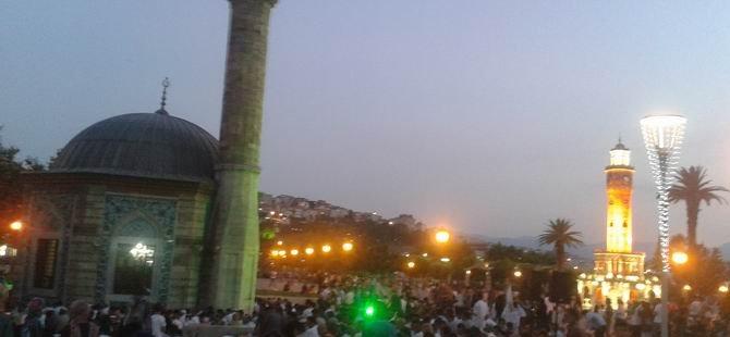 İzmir'de Siyonist İsrail Protesto Edildi