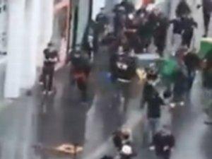 Fransa'daki Müslümanlar Siyonist Destekçileri Dövdü