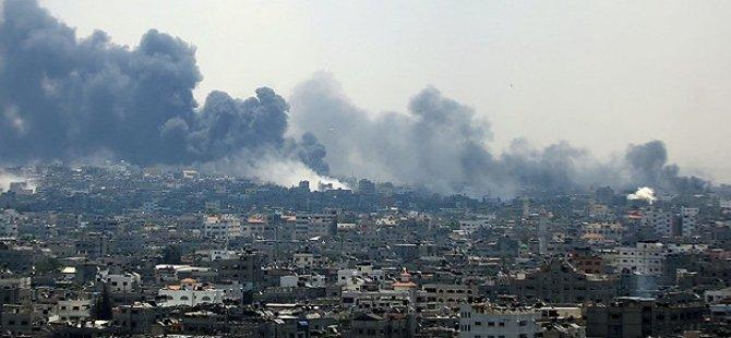 Siyonist İsrail Havadan Katletti: 4'ü Çocuk 8 Şehit
