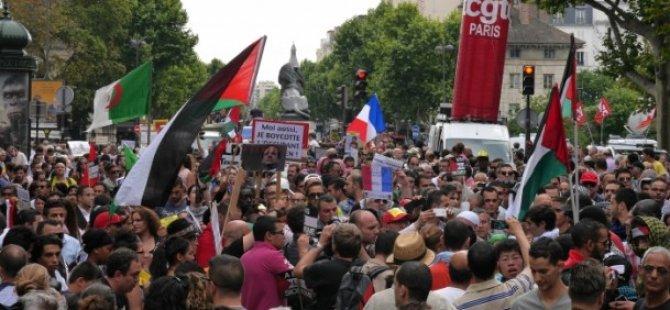 Paris'te Filistin İle Dayanışma Yürüyüşü
