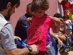 İHH'dan 9 Bin Suriyeli Yetime Bayramlık Elbise