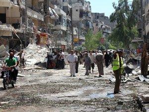 Esed Güçlerinden Halep'e Varil Bombalı Saldırı: 15 Şehit
