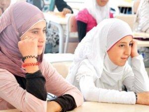 Suriyeli Öğrenciye 'Denklik' Kolaylığı