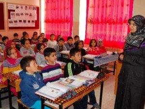 28 Şubat Mağduru Olan Bin 17 Öğretmen Atandı