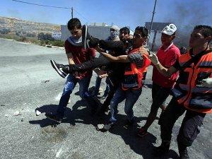 Batı Şeria'daki Protestolarda İki Filistinli Şehit Oldu