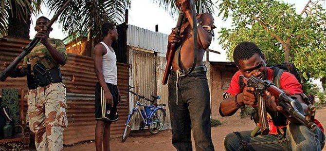 Seleka ve Anti-Balaka Grupları Arasında Çatışma: 22 Ölü