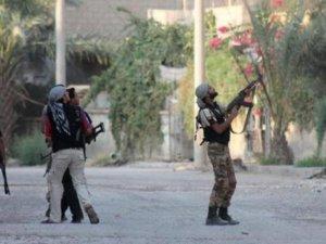 Saldırılara Rağmen IŞİD Mevzi Kazanıyor!