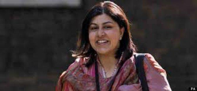 İngiltere'nin Gazze Politikası Bakanı İstifa Ettirdi