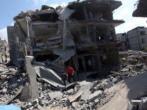 Bir Günde 99 Evi Top Atışlarıyla Vurdu