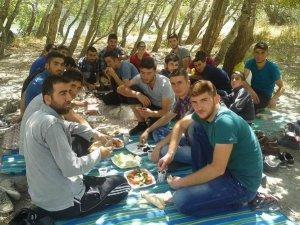 Has-Der Üniversite Gençleri Piknikte Buluştu