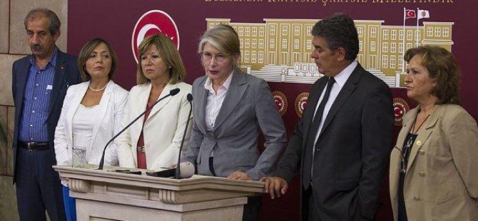 CHP'de Kurultay İçin İmza Toplanacak