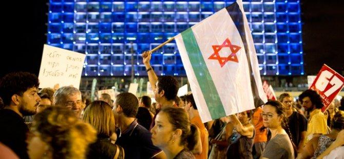 İsrail'de 15 Bin Kişi Sokaklarda