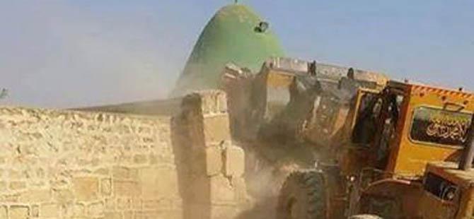 """IŞİD """"Hz. Davud Türbesi""""ni Yıktı!"""