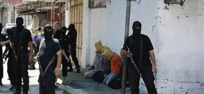 Siyonist İsrail'e Casusluk Yapan 11 Kişi İdam Edildi