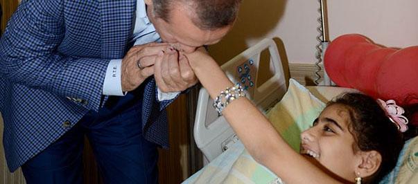 Erdoğan Gazzeli Yaralıları Ziyaret Etti (FOTO)