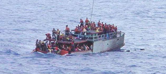 Filistin ve Suriyeli Göçmenlerin Teknesi Battı