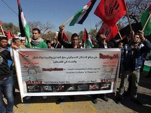 Filistinliler Hamas'a Güveniyor!