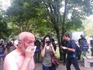 Beşiktaş Belediye Başkanı Grevdeki İşçilere Saldırdı
