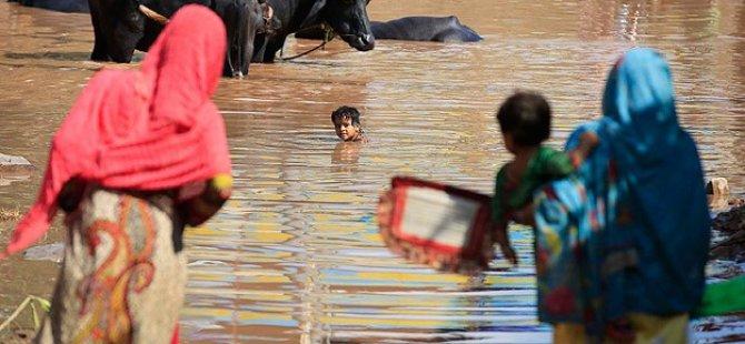 Pakistan'daki Sellerde Ölenlerin Sayısı 231'e Yükseldi