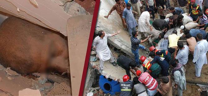 Lahor'da Cami Çöktü; En Az 24 Kişi Hayatını Kaybetti