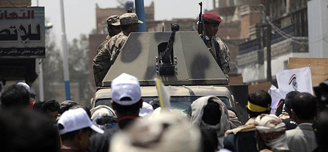 Yemen'de Ordu Husilere Karşı Alarma Geçti
