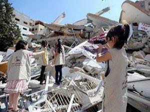 Filistinli Çocuklar İşlenen Suçları Gözler Önüne Seriyor