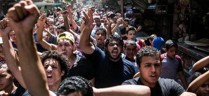 Mısır'da 242 Kişi Açlık Grevinde