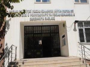 DBP İl Başkanı Kürtçe Okulun Mühürünü Söktü