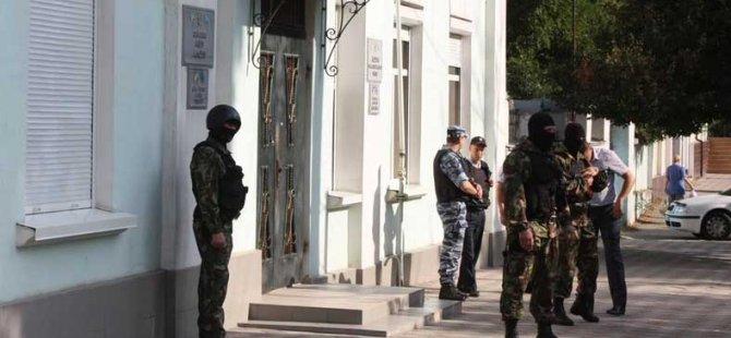Rus Polisi Kırım'da Yeni Baskınlar Yaptı