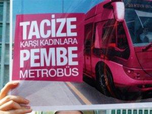 """""""Kadınlara Ayrı Otobüs"""" Talebi Laisistleri Çıldırttı"""