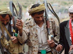 Yemen'de Ordu İle Husiler Çatıştı: 60 Ölü