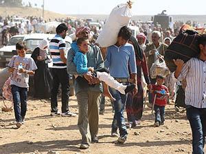 Suriyelilerin Türkiye'ye Geçişi Sürüyor