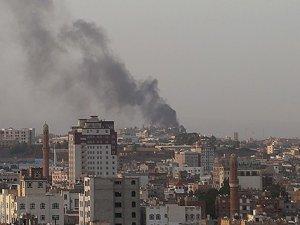 Yemen'de Sokağa Çıkma Yasağı İlan Edildi
