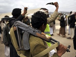 """""""Husiler Yemen'de Karşı Devrim Yapmaya Çalışıyor"""""""