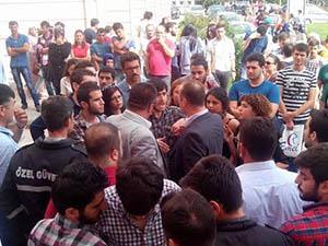 Ondokuz Mayıs Üniversitesi'nde İHH Standına Saldırı